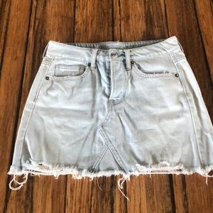 American Eagle Light Wash Denim Skirt